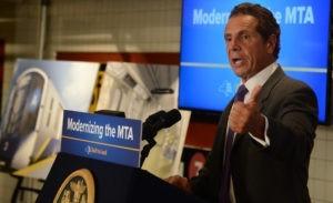Губернатор Нью-Йорка недоволен действиями полиции по подавлению протестов