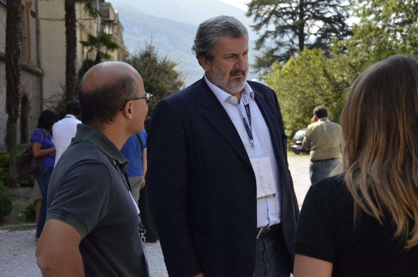 Губернатор итальянской провинции Апулия поблагодарил Россию за помощь в борьбе с COVID-19
