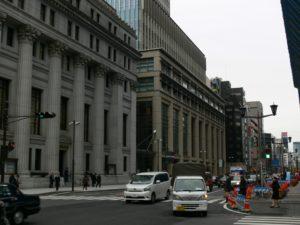 В Японии более трети префектур возобновят работу предприятий